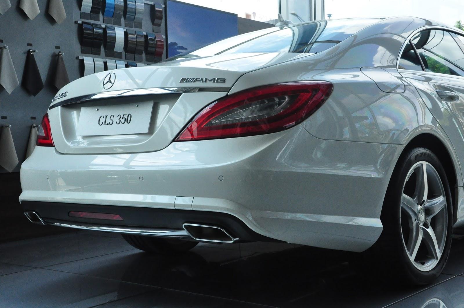 Xe Mercedes Benz CLS350 New Model màu trắng 08