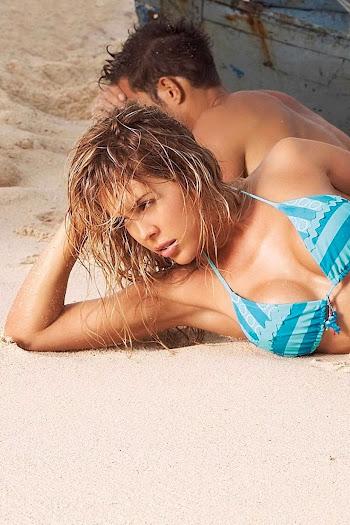 Natalia Paris Swimsuit Foto 46