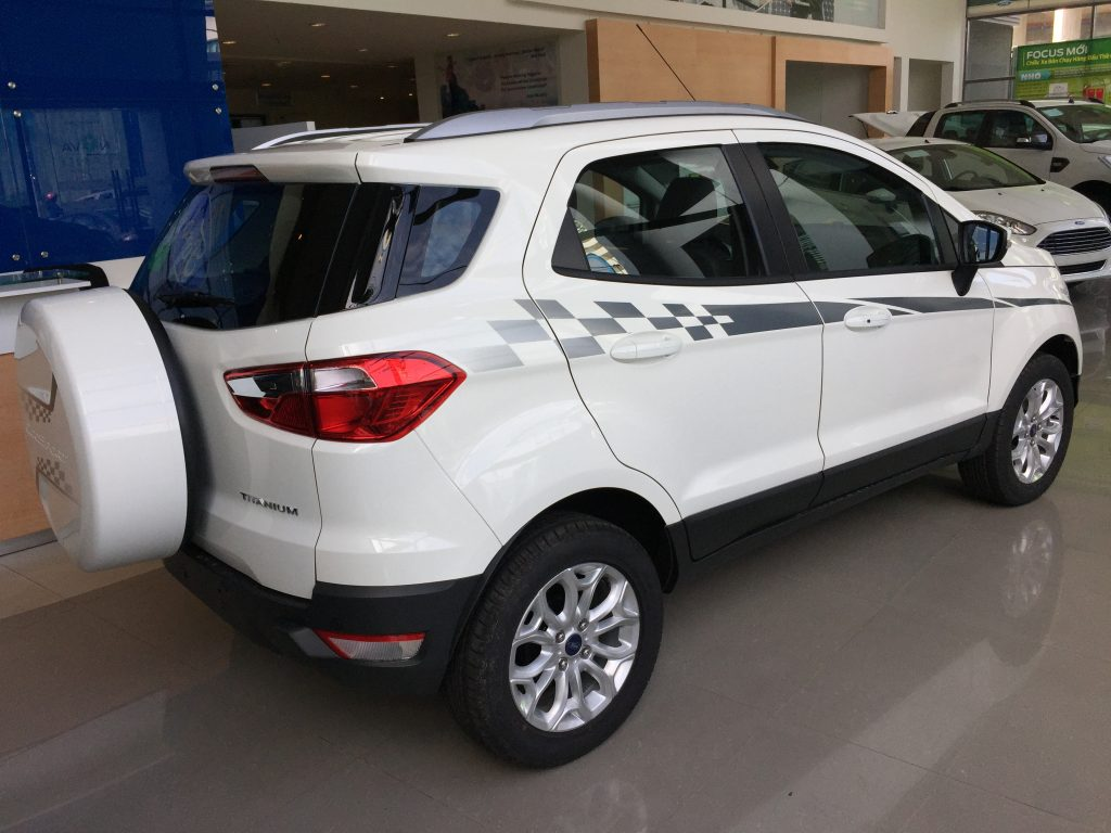 Xe ô tô Ford EcoSport 04