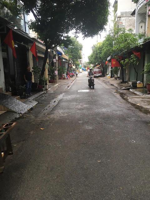 Bán nhà hẻm 342/ Thoại Ngọc Hầu, Phú Thạnh, dt 4x18m, cấp 4, 6.5 tỷ