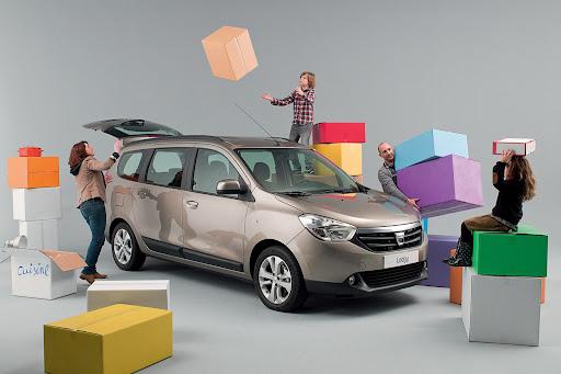 Dacia-Lodgy-01.jpg
