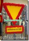 DSC01227 Trafikskylt varningsmärke fara. Med amorism