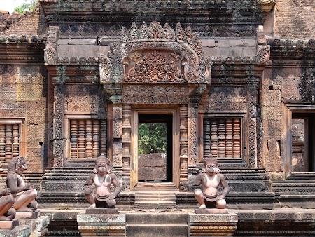 10. Banteay Srei - templu khmer.JPG