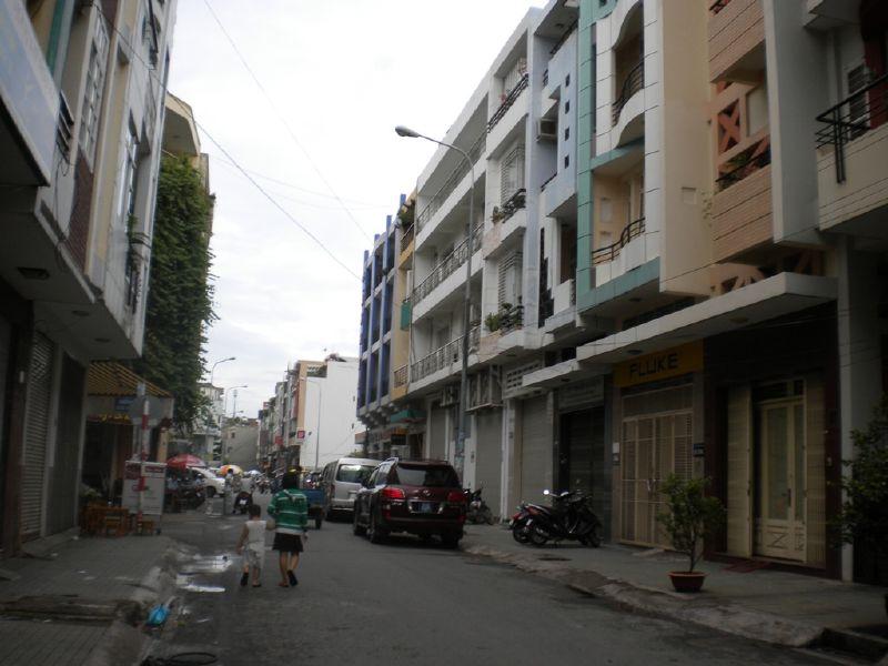 Nhà mặt tiền đường Huỳnh Văn Một 1 trệt 4 lầu Quận Tân Phú 03
