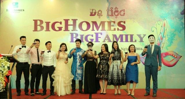 Ban lãnh đạo công ty Bighomes, đơn vị tư vấn bất động sản cao cấp Vinhomes