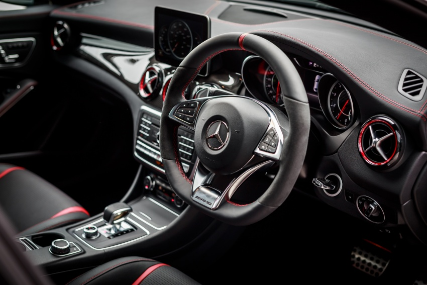 Xe Mercedes Benz CLA45 AMG 4Matic 09
