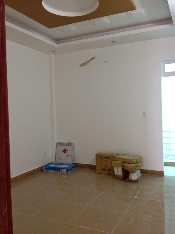 Bán Nhà Sổ Hồng Quận Tân Phú Chính Chủ 07