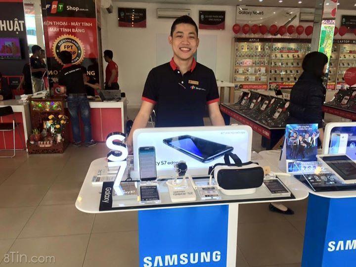 Siêu phẩm Samsung Galaxy S7 cùng kính thực tế ảo VR của