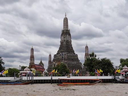 20. Wat Arun Bangkok.JPG
