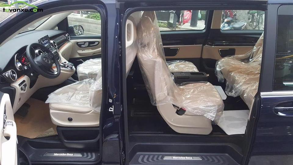 xe Mercedes Benz V220 Máy Dầu 013