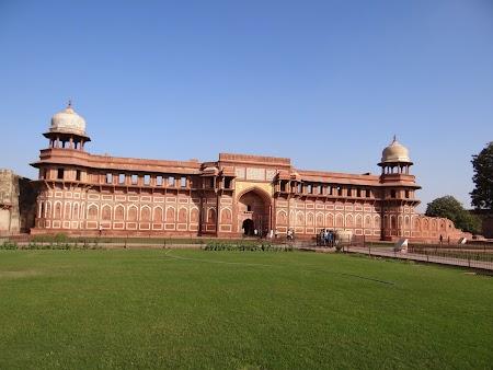 29. Jahangir Palace.JPG
