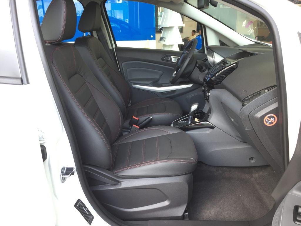 Nội thất xe ô tô Ford EcoSport 02
