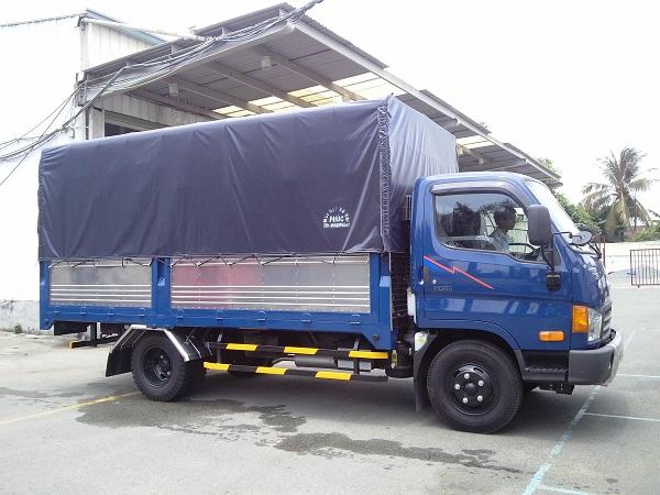 xe hyundai hd800 dong vang thung bat