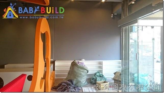 BabyBuild『遊戲安全告示牌』壁掛位置確認