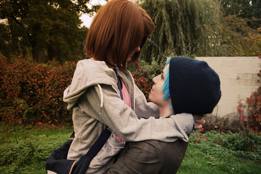 Chloe and Max Cosplay by Flopywette