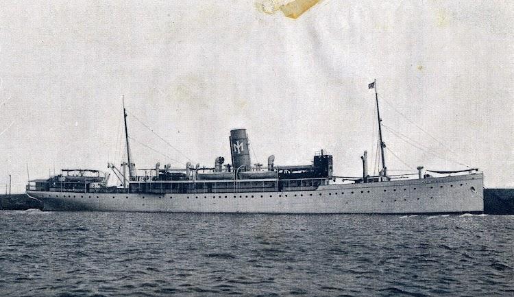 El REY JAIME I en sus colores origínales. Del libro La Marina Española.JPG