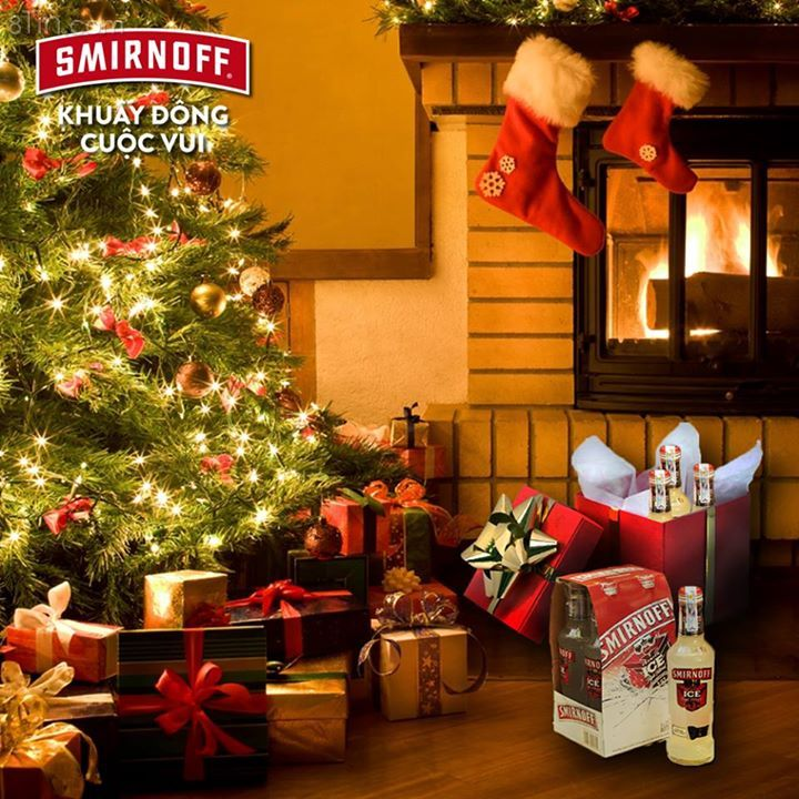 Chưa đến Giáng Sinh mà đã có người nôn nóng mở quà