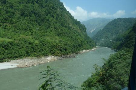 Obiective turistice Nepal: valea Trisuli