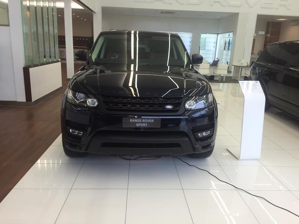 Xe Land Rover Range Rover Sport Autobiography màu đen 01