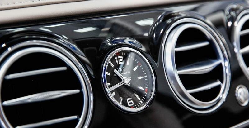 Xe Mercedes Benz S600 MAYBACH màu đen 016