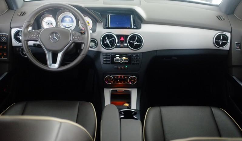 Nội thất xe Mercedes Benz GLK250 AMG 2014 01