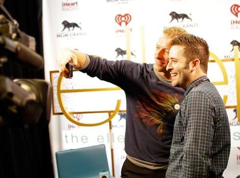 Chris Martin 2014 iHeartRadio Music Festival AxGZQeHUv9Ll