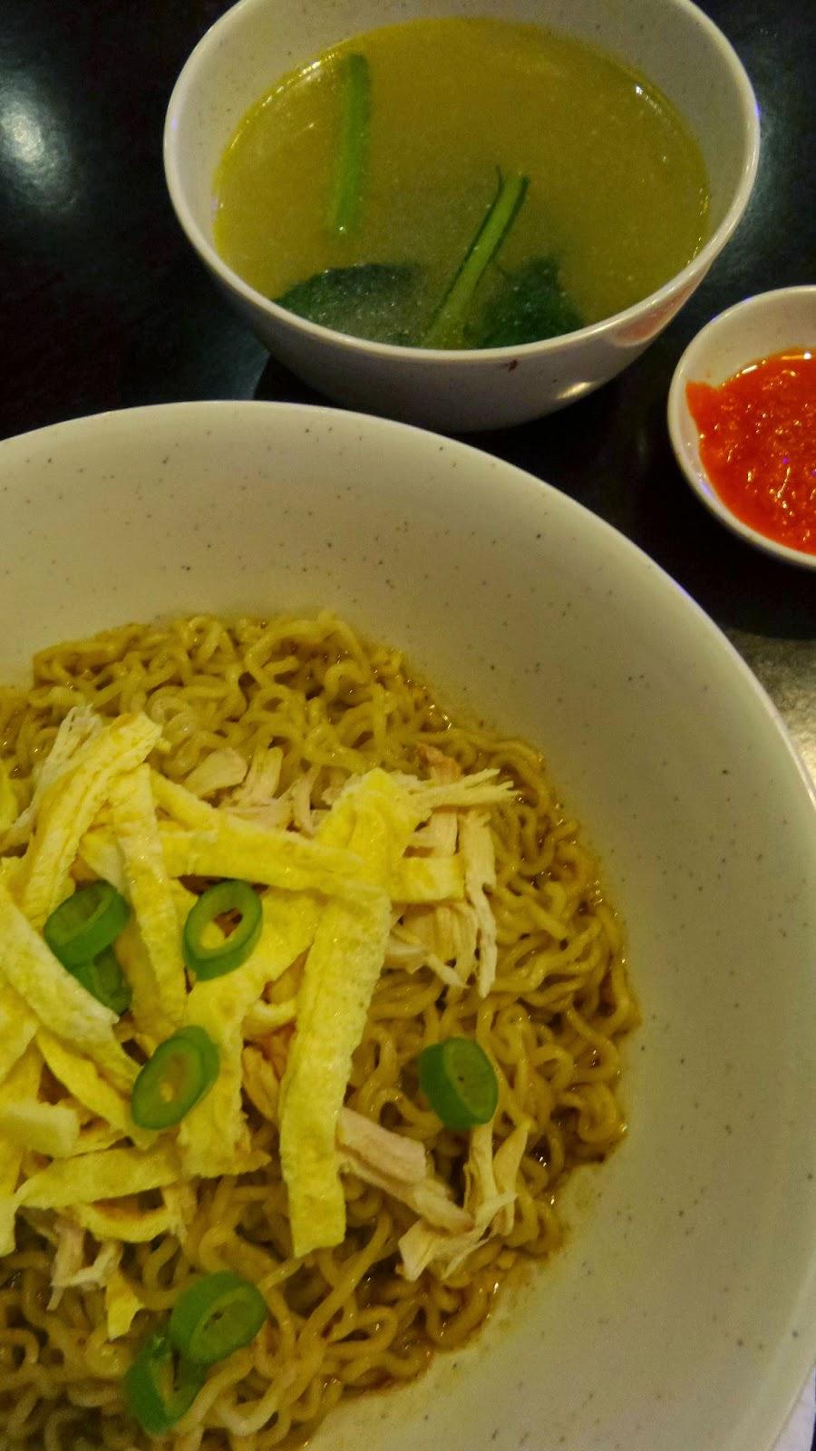 Cari Sahaja Petronas Taman Setia Tropika Dapur Bonda Bertentangan Dengan Stesen Minyak Tersebut Dan Bersebelahan Sinseh Cina