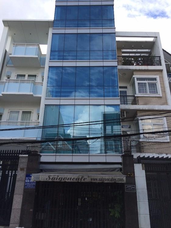 Nhà mặt tiền đường Huỳnh Văn Một 1 trệt 4 lầu Quận Tân Phú 05
