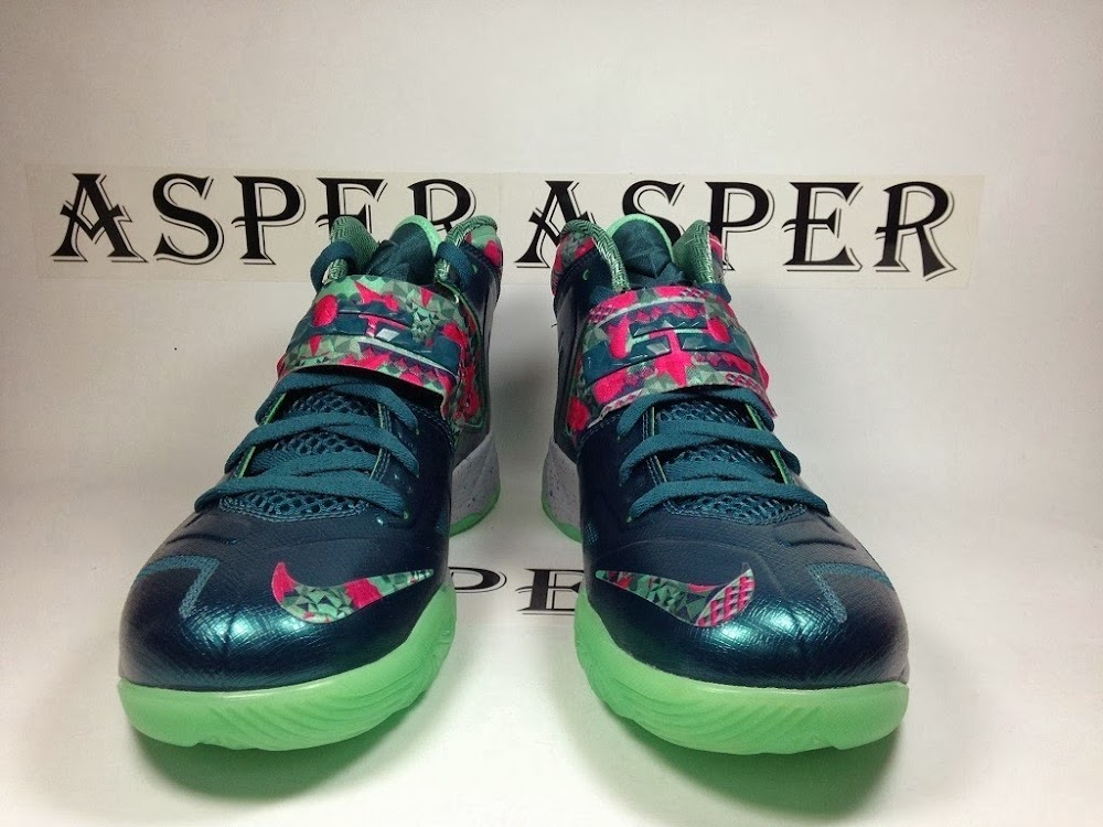 f2241fbdf4c0 ... NIKE SOLDIER VII 7 Pink amp Green Glow with GITD Outsole ...