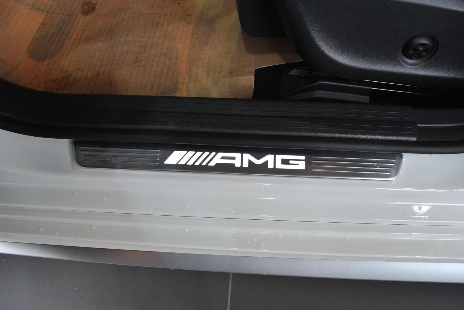 Xe Mercedes Benz CLA45 AMG màu trắng new model 014