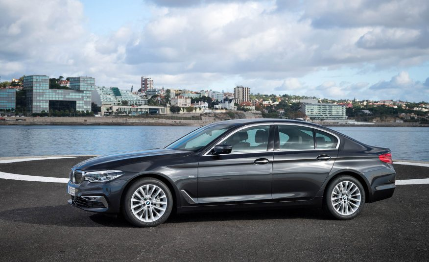 Xe BMW 528i GT new model 07