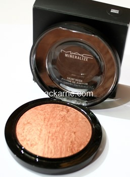 c_CheekyBronzeMineralizeSkinfinishMAC7