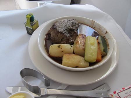 Pranz pe British Airways spre St. Lucia Caraibe