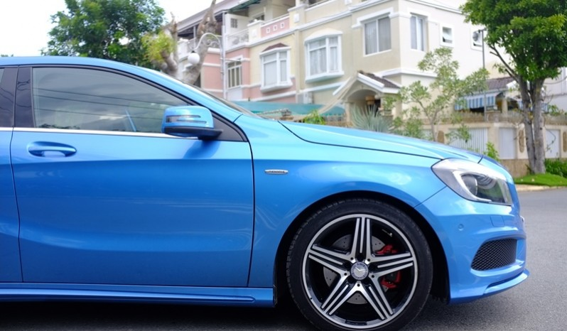 Bán xe Mercedes cũ A250 AMG 2014 màu xanh 05