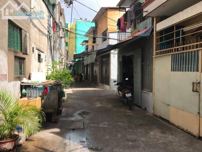 Bán nhà hẻm ô tô Trịnh Đình Thảo Quận Tân Phú 03