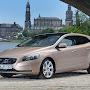 2013-Volvo-V40-New-3.jpg