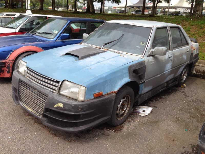 Motoring Malaysia Spotted Mitsubishi Tredia Before And After Or