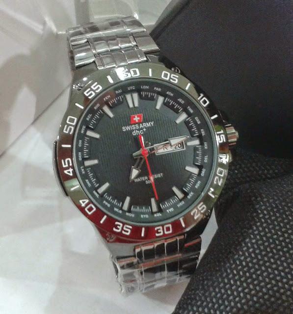 Jual jam tangan  Swiss Army dhc tanggal hari hitam KW