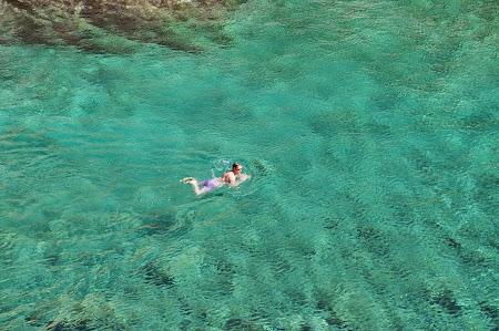 02. Mare verde la Zakynthos.JPG