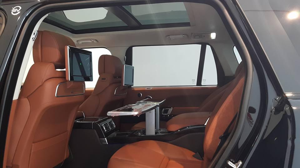 Nội thất xe Land Rover Range Rover SV Autobiograp 06