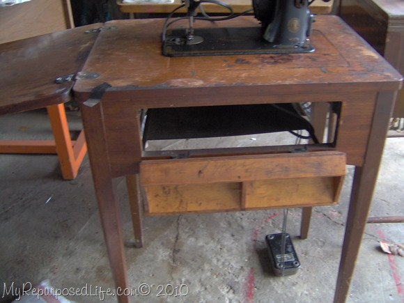 vintage sewing machine cabinet