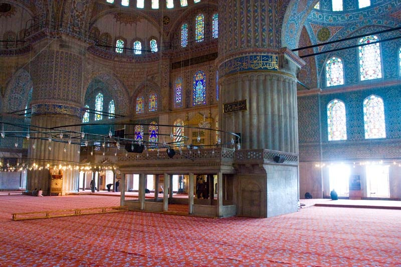 blue-mosque-interior