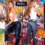 Angelica Jaramillo y Sofia Jaramillo Modelando D'Axxys Jeans Foto 15