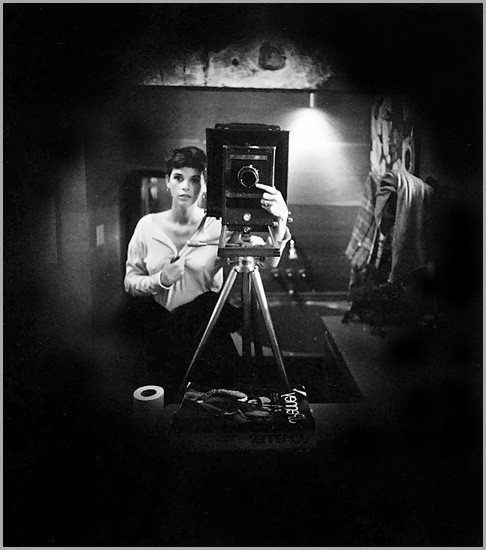 sally-mann-autoportrait1