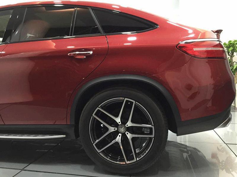 Xe Mercedes Benz GLE 450 2017 Coupe màu đỏ 04