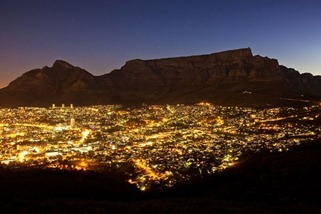 new-7-wonders-nature-table-mountain_43508_600x450
