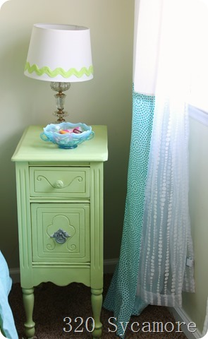 Little Green Night Stand With Beadboard Wallpaper 320