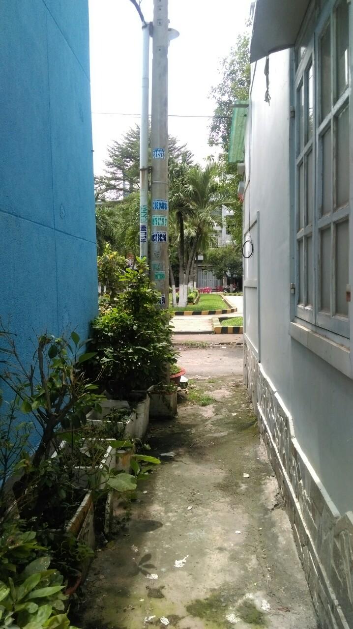 Bán Nhà Phố Mặt Tiền đường Trần Thủ Độ Quận Tân Phú 03
