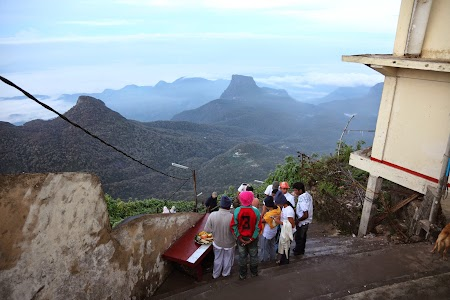 04. Adam's Peak, Sri Lanka.JPG