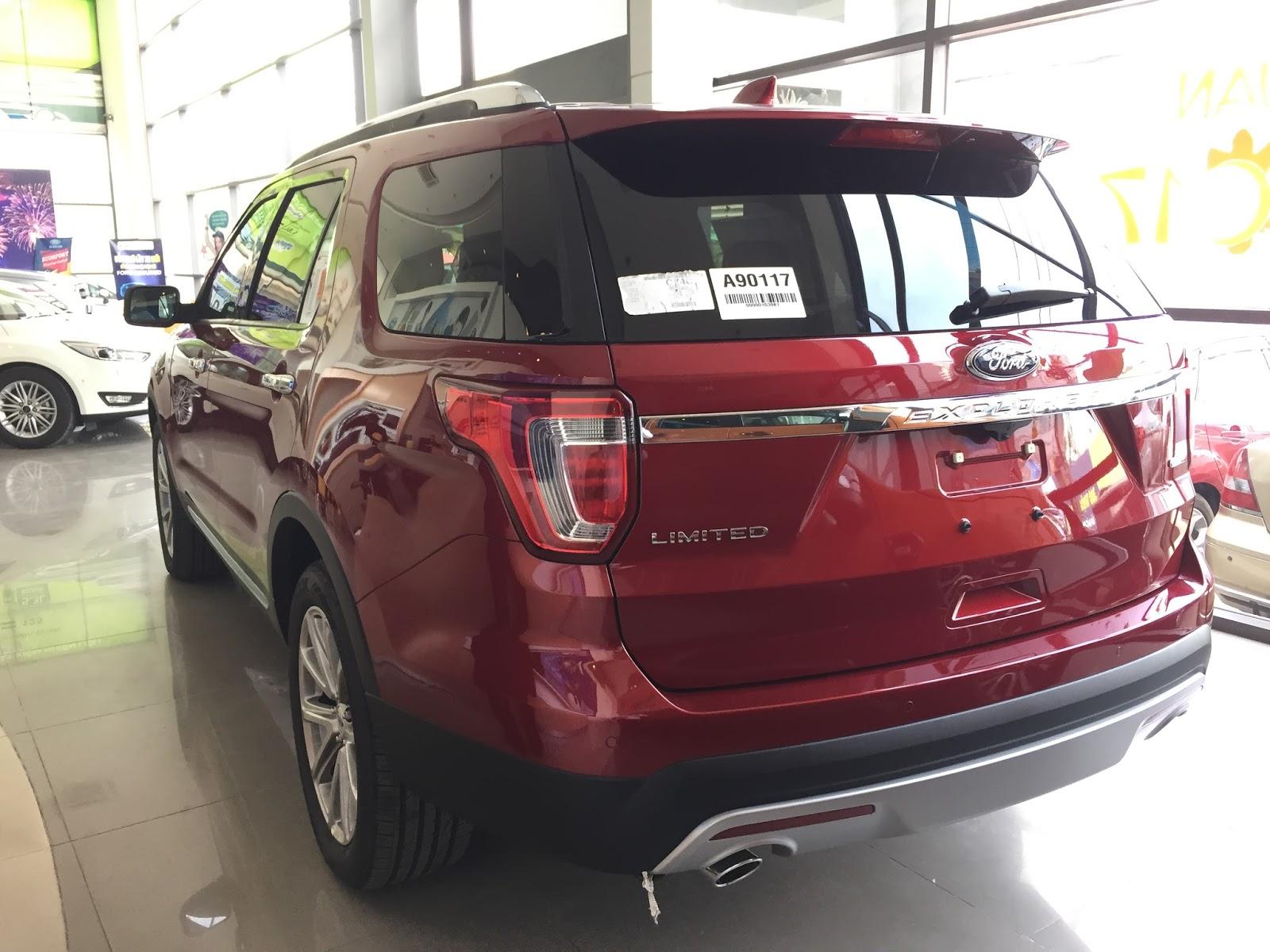 Động cơ xe Ford Explorer 2018 Màu Đỏ 09